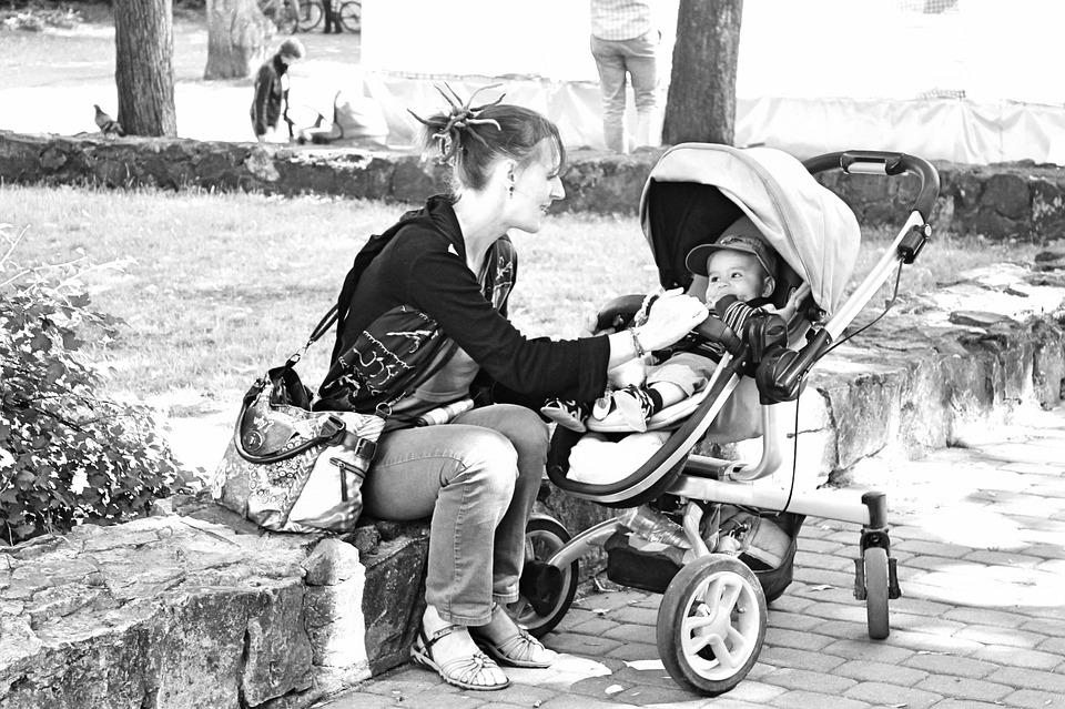 Pourquoi y at-il tant de mamans célibataires sur les sites de rencontres
